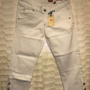 Express 6 slim fit low rise white denim crop pants